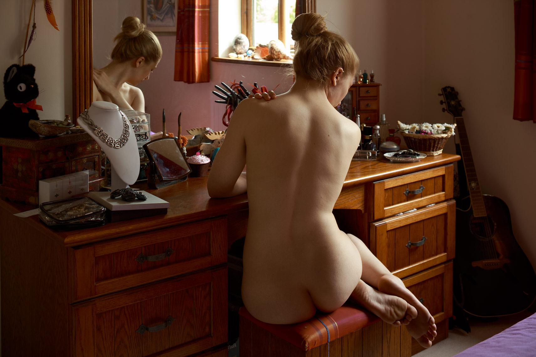 Domestic Nudes 7 - Rebecca - by Simon Stanmore.jpg